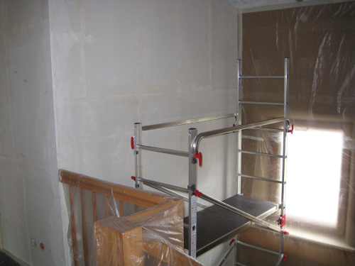 Treppenhaus streichen leiter teleskopleiter f r treppen for Treppenhaus streichen muster